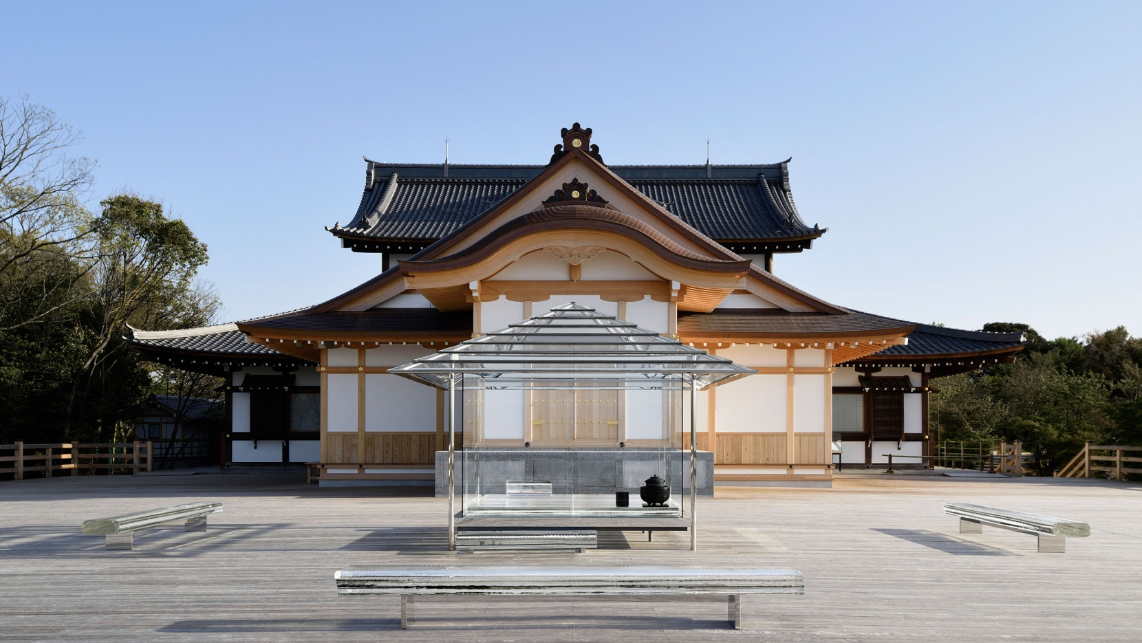 Making Time Visible Tokujin Yoshiokas Glass Tea House In Kyoto - Architecture-design-in-kyoto-japan