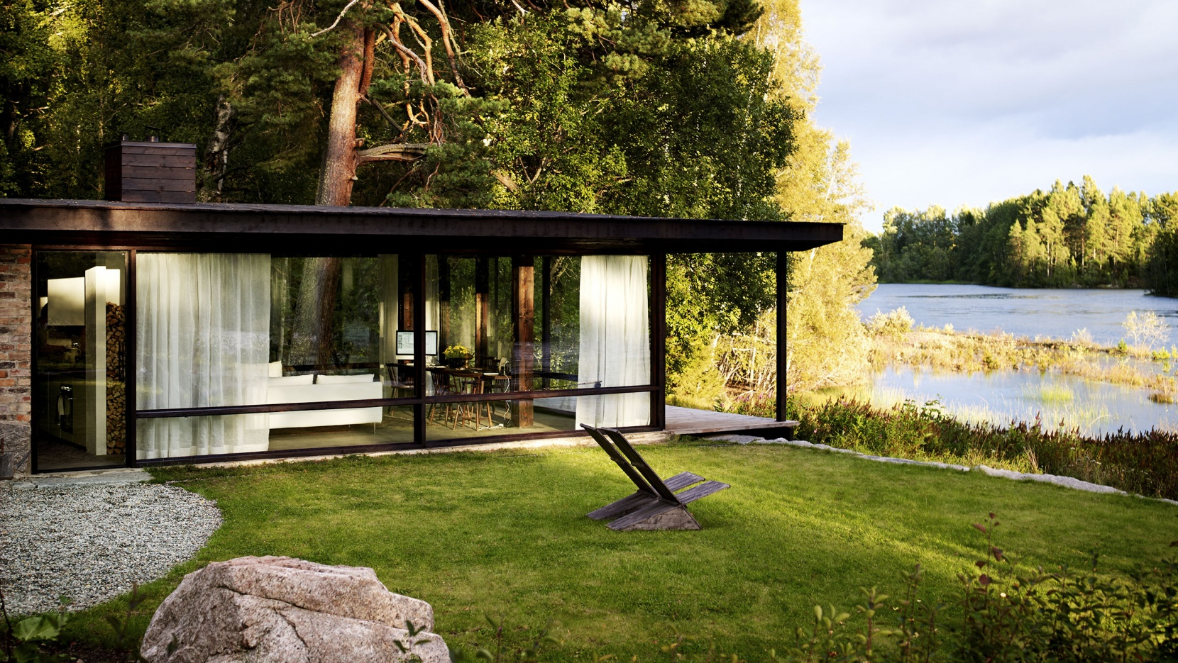 Life in a box the summer house of architect buster delin in sweden yatzer