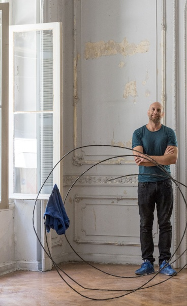 A Puppet Sun: Kostis Velonis Brings a Neoclassical Residence to Life With his Sculptural Work