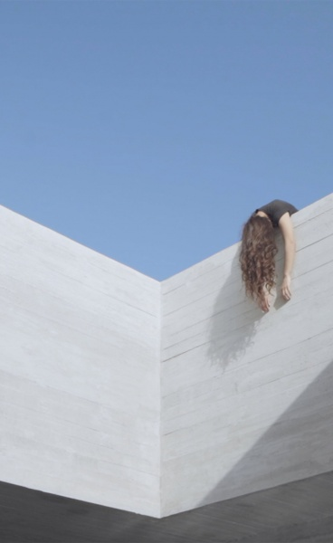 Architecture, Music and Dance Meet in Mariana Bisti's Lyrical Short Film Showcasing Aristides Dallas' Tinos Retreat