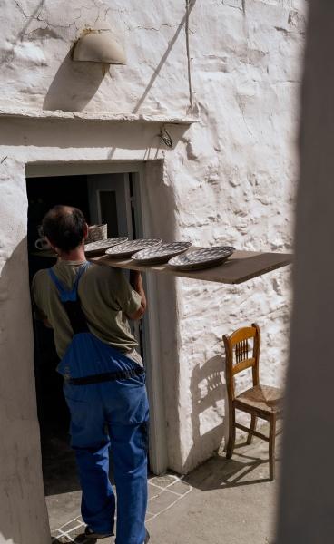 AIGAIO: MON COIN Studio Celebrates Contemporary Greek Ceramics in a Two-Part Exhibition