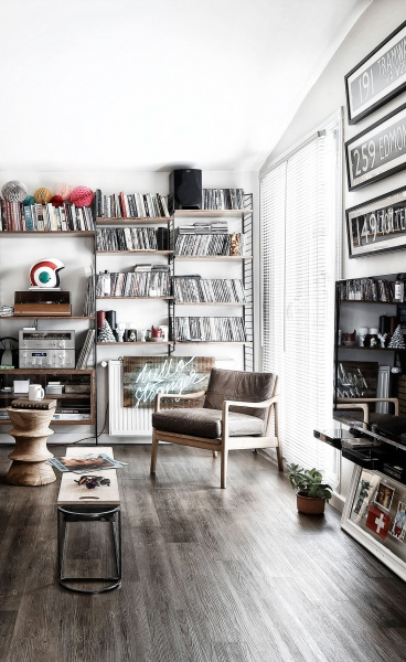 Small Space, Big Impact for an Istanbul Apartment by Escapefromsofa