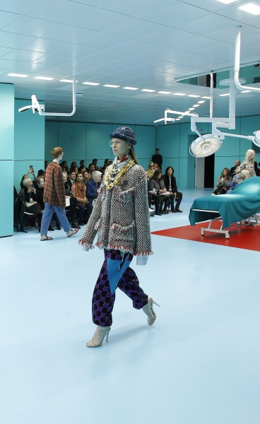 GUCCI CYBORG: A Chimeric World of Fluid Identities and Trend-Defying Fashion