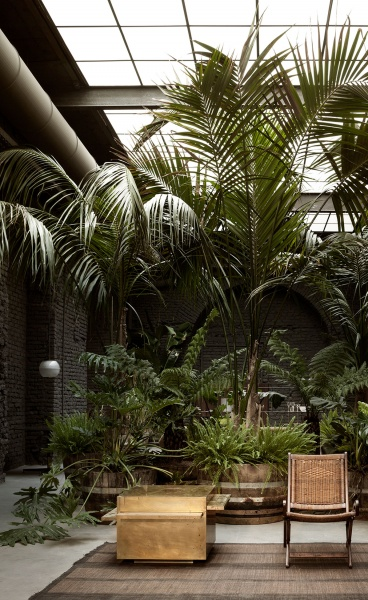 All Things Design in SIX Project's Milanese Venue of Monastic Exoticism