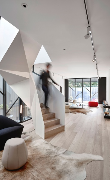 Origami Living: Terrace House Fitzroy by AA Architects