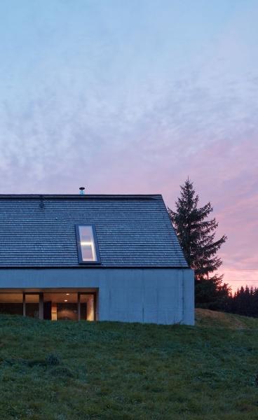 Pavel Míček Architects Design a Modern Mountain Cabin in the Czech Republic