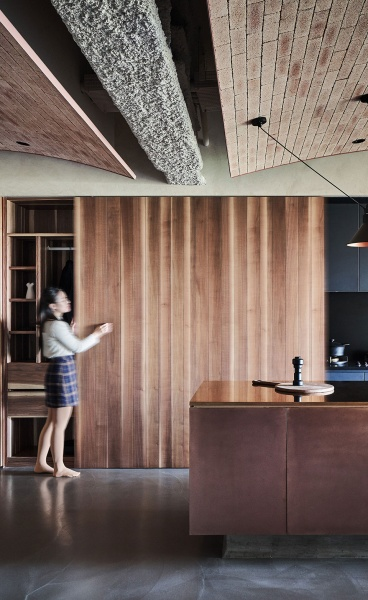 A Family Apartment of Unrefined Elegance and Crisp Craftsmanship in Taiwan