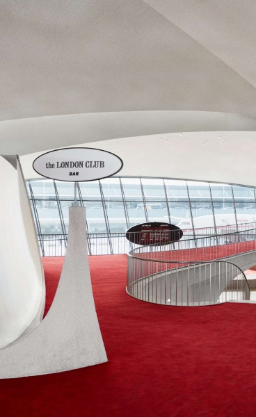 TWA Hotel: Eero Saarinen's Aviation Cathedral Reclaims its Former Glory